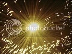 Light speed, velocidad de la luz, supera la velocidad de la luz