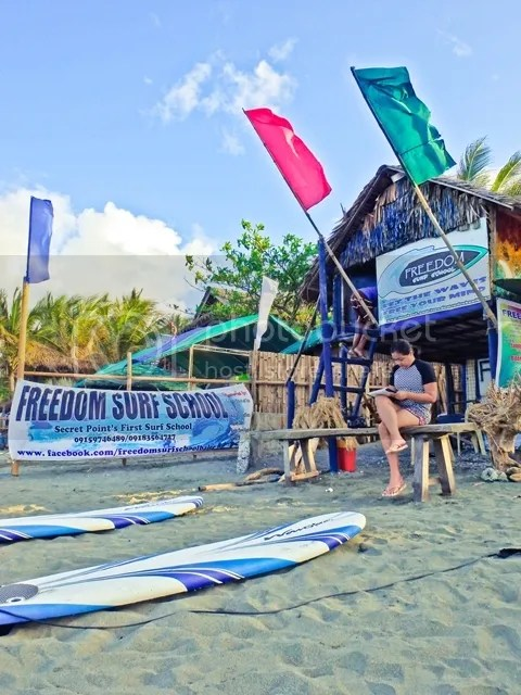Freedom to Surf Surfing School