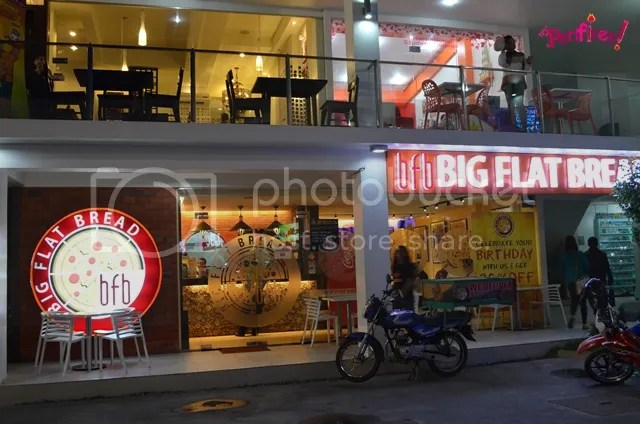Big Flat Bread Ridges Mabolo Cebu City