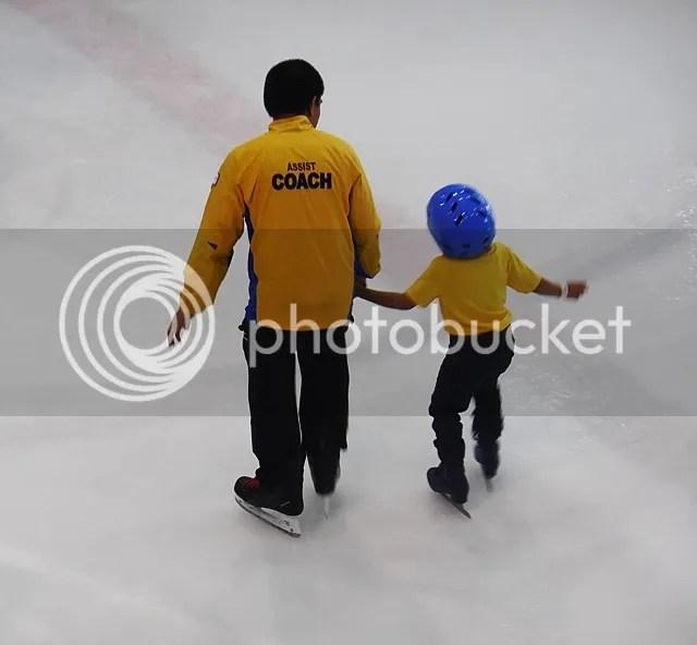 SM MOA Ice Skating Coach Instructor