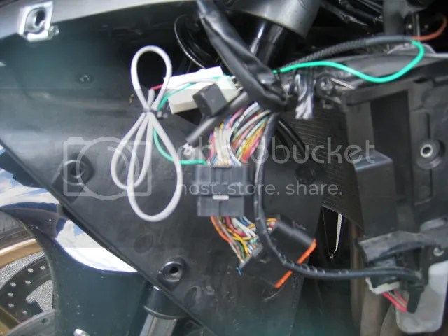 IMG_4518?w=640 my flash tune quick shifter installation on my yamaha yzf r1 14b yamaha r1 ecu wiring diagram at virtualis.co