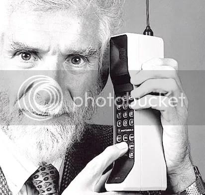 handphone model pertama, first handphone pertama,