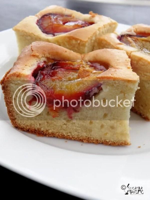 reteta prajitura cu prune,placinta cu prune,prune,sita artizanala,veche,vintage,toamna,chec,prajitura cu fructe,reteta usoara