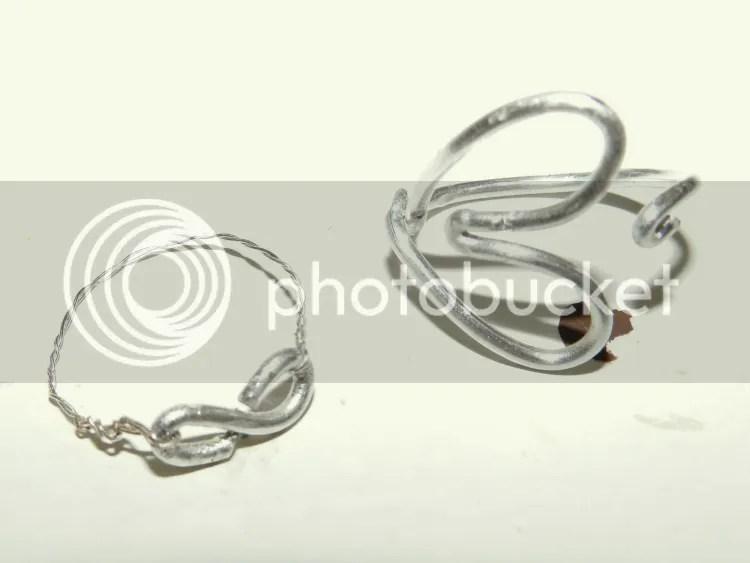 photo wired-rings-heart-eternity.jpg