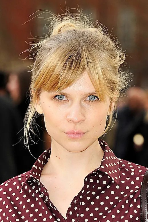Le Fashion 17 HAIRSTYLES WITH BANGS THE BEST BANGS FOR