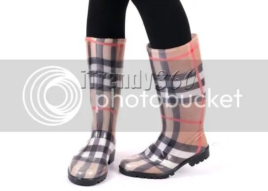 รองเท้าบู๊ทกันน้ำท่วม