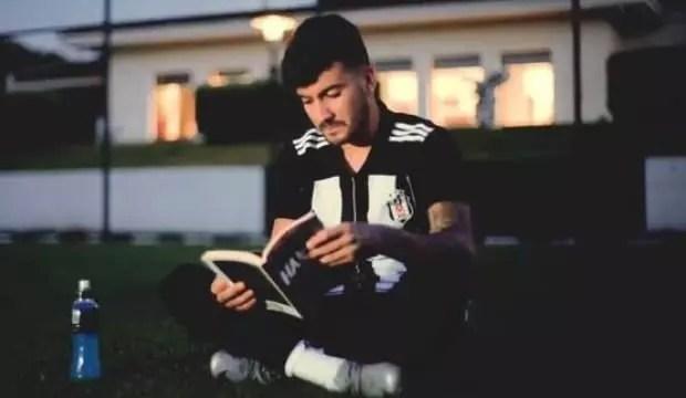 Atakan Üner resmen Beşiktaş'ta 1