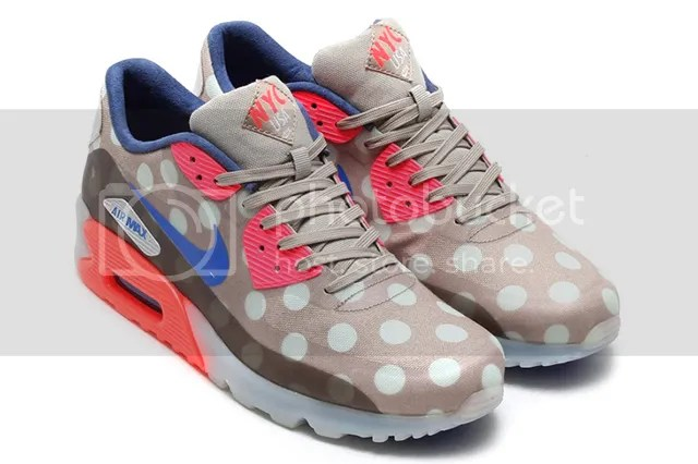 photo NIKE-AIR-MAX-90-ICE-QS-NYC-3_zps6d5e6268.jpg