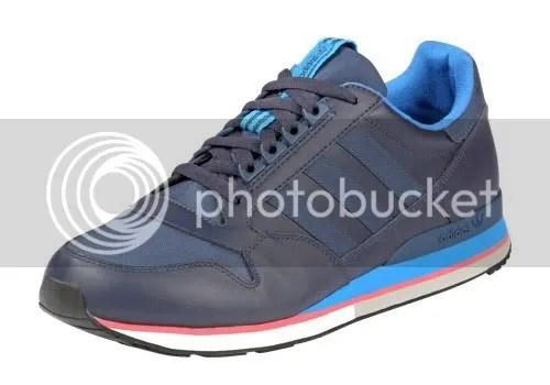 adidas,sneakers,kicks,three strips