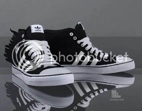 photo jeremy-scott-adidas-originals-js-nizza-jagged-1-570x449_zpsb14b48ed.jpg