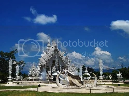 Wat Rong Khun in Chiang Mai, Thailand, is unlike any Buddhist temples in the world.