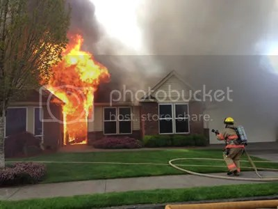 photo housefire_zps3fedf7ed.jpg