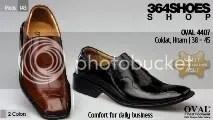 Sepatu Pria OVAL 4407