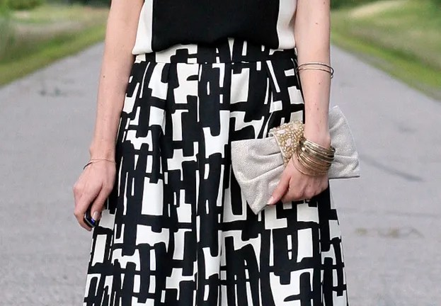 printed pattern black and white skirt