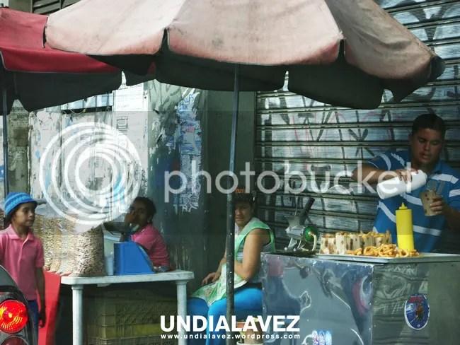 Vendedores de maní y churros