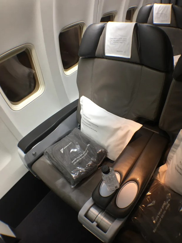 Icelandair Economy Comfort Seat Selection Brokeasshome Com