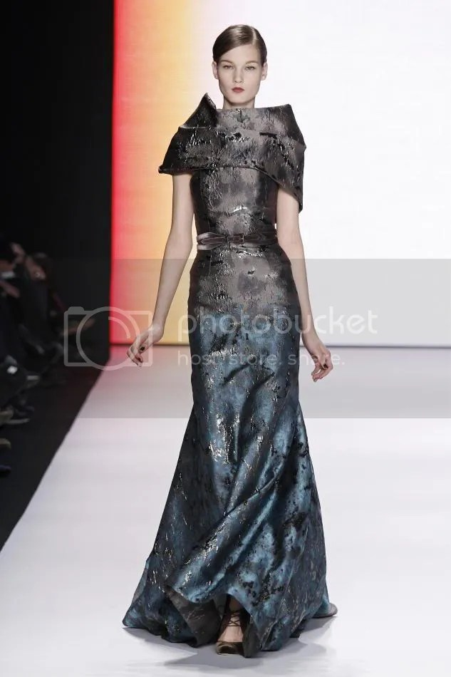 34. Kirsi: Turquoise and dark gray jacquard gown, dark gray velvet belt.