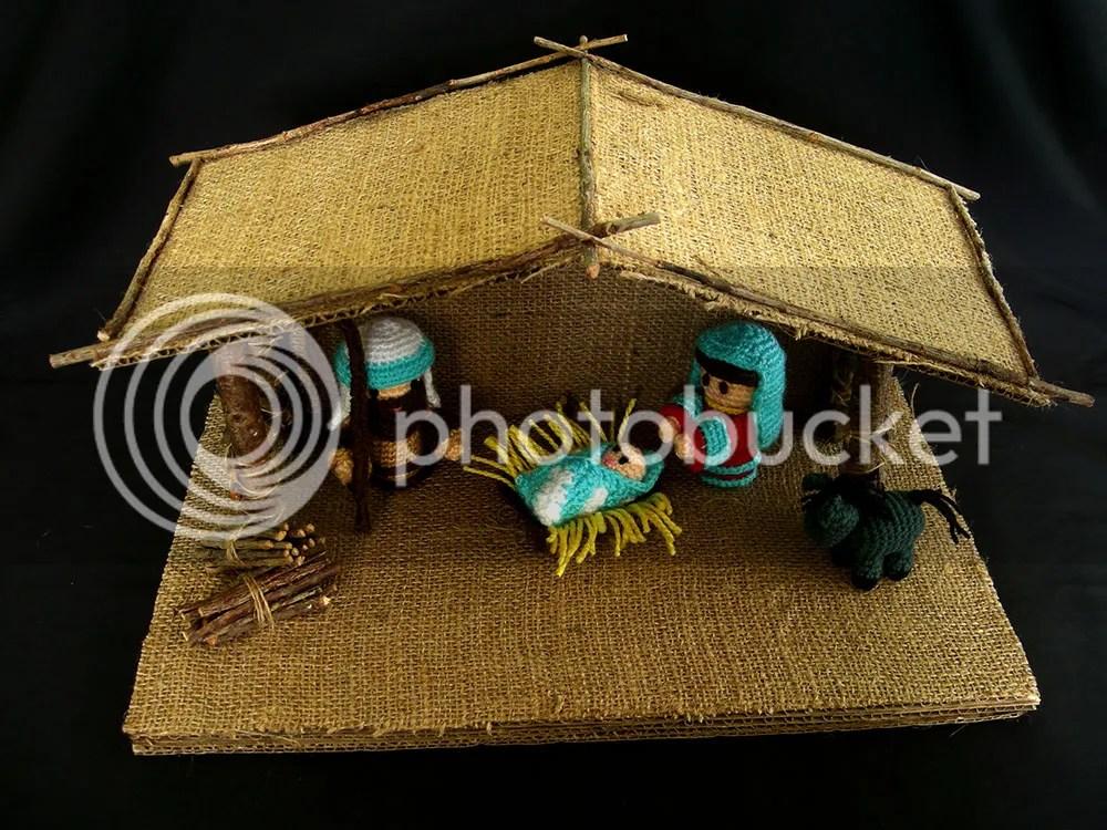 Amigurumi Nativity & DIY Stable_Top View
