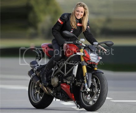 Ducati Streetfighter on Ridin'Girls Blog