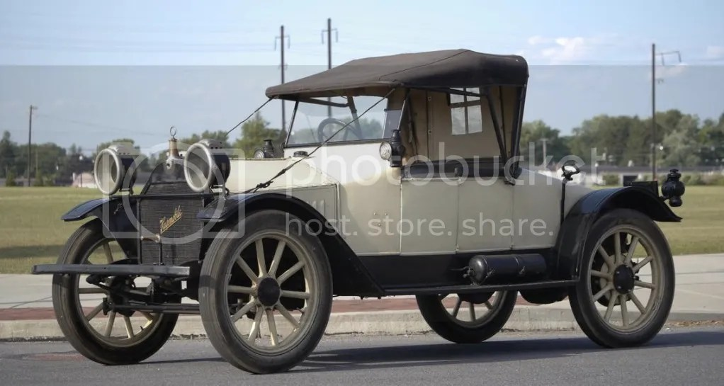 1913 Hupmobile Model 32 Two-Seater