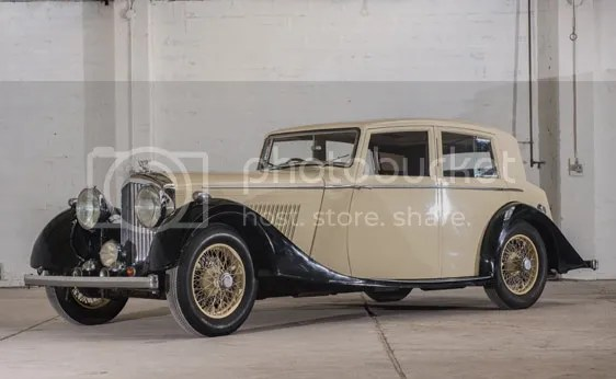 1937 Bentley 4.25-Litre Saloon by Mann Egerton