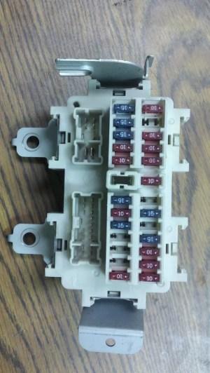 0307 Infiniti G35 fuse box | eBay
