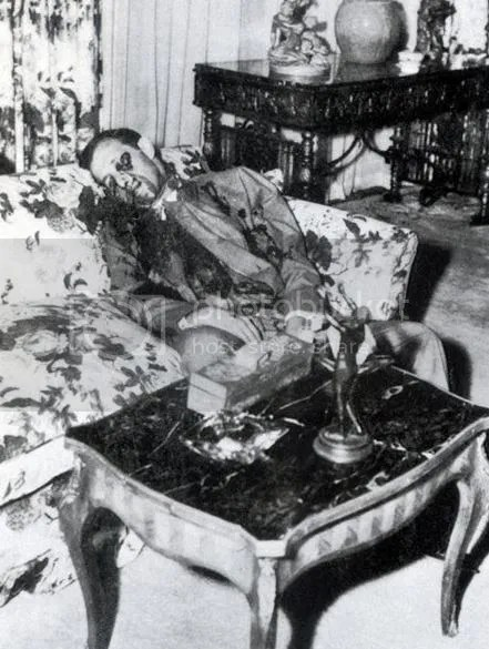 Bugsy Siegel LA Hauntings death photo bugsy-siegel-death-photo_zpsf4126243.jpg