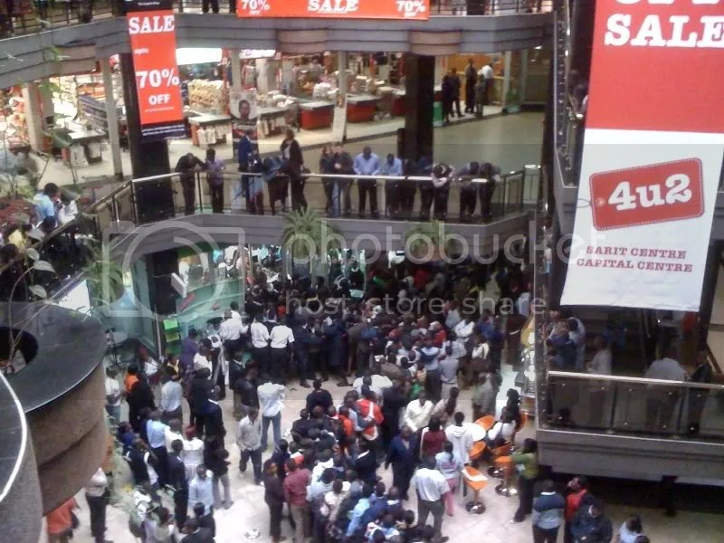 Nokia C3 Chaos at Sarit Centre... (3/4)