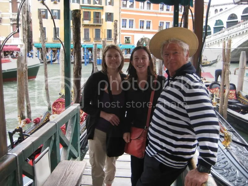 Liz and I with another gondolier. . . love the hat, dont you?  :)