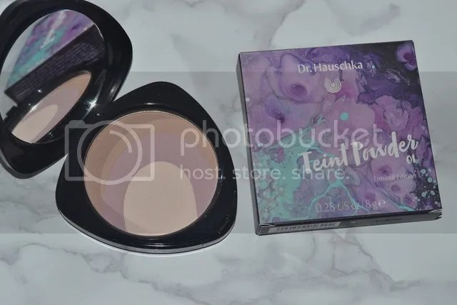 photo Dr Hauschka Purple Light Powder 1_zps1w4lpuez.jpg