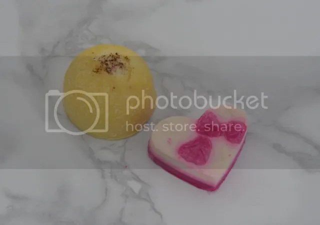 photo Lush Bath Oils_zps2gvxucek.jpg