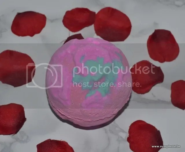 photo Lush Valentijn Rose Bombshell Bath Bomb_zpsn5pmxnwh.jpg