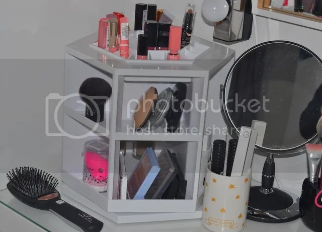 photo Make Up Vanity Organizer_zpsszutzkcf.jpg