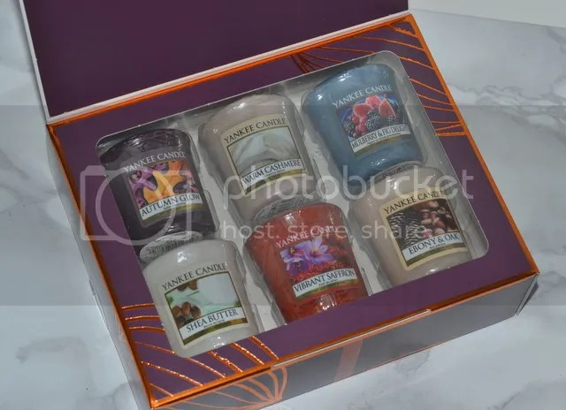 photo Yankee Candle Fall In Love 1_zpsgynshsvm.jpg