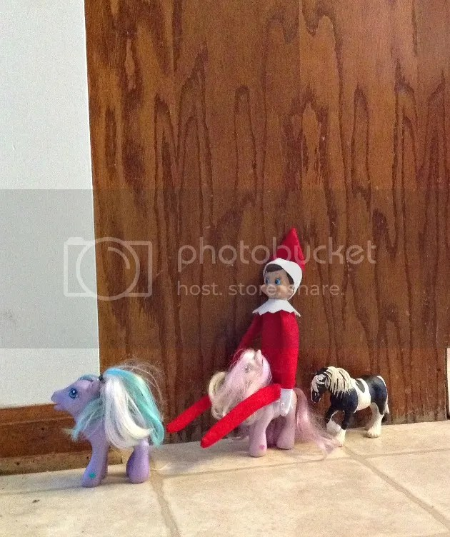 elf on the shelf pony ride