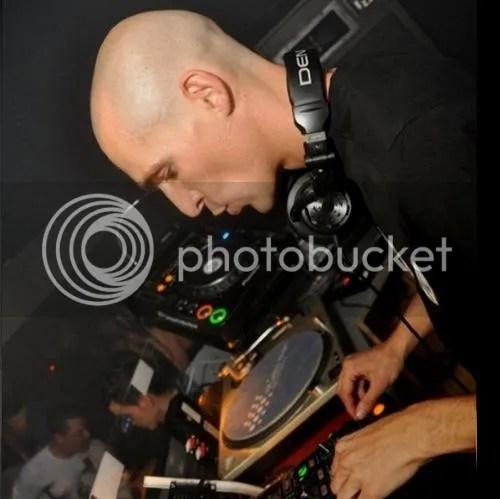 DJ Left