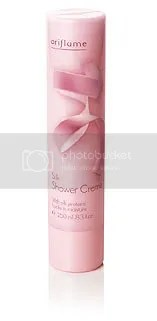 Kem tắm dưỡng da - Silk Shower Cream