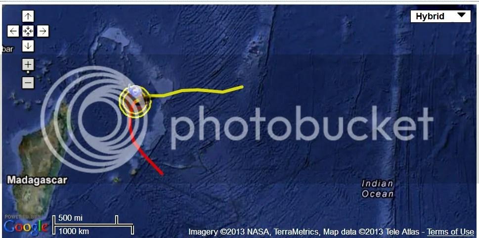 photo CycloneII-Imelda21SIndianOcean11042013_zpsec851ec3.jpg