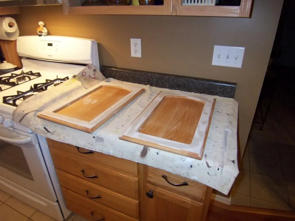 can you paint old kitchen cabinets yes you can paint your oak kitchen cabinets home 13230