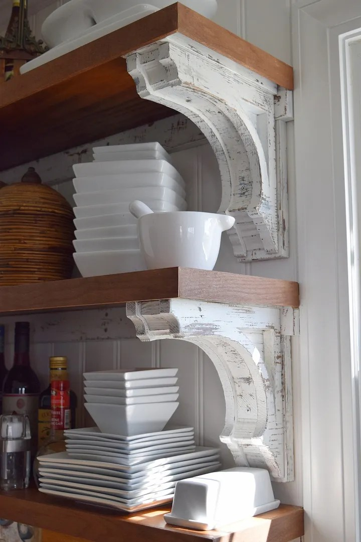DIY Corbels for Open Shelving/HomeStagingBloomingtonIL.wordpress.com