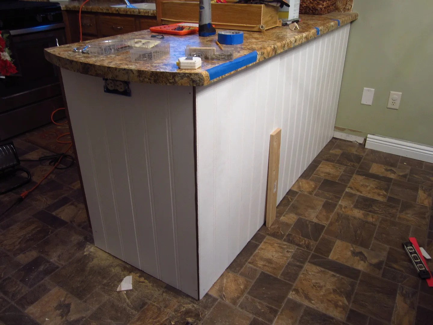 kitchen cabinet outlet illinois with Add Character To A Kitchen Islandpeninsula Diy on Tribune highlights likewise Show Me Kitchen Designs besides Home Depot Burbank in addition Wine Cooler Cabi s Furniture additionally Aster Cucine B 713.