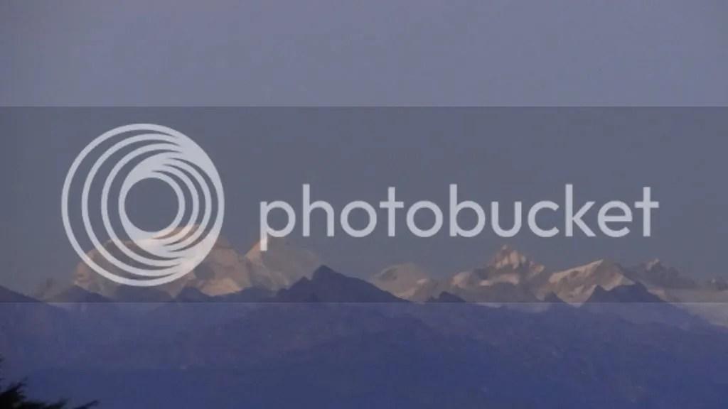 snw cap Dochu La 211112 Bhutan