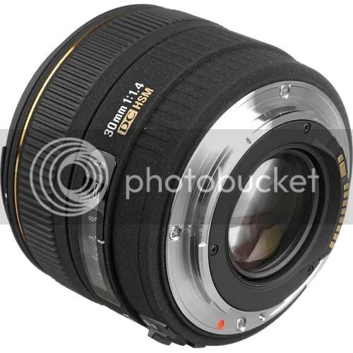 Sigma 30mm f/1.4 EX DC HSM $200 Off Regular Price
