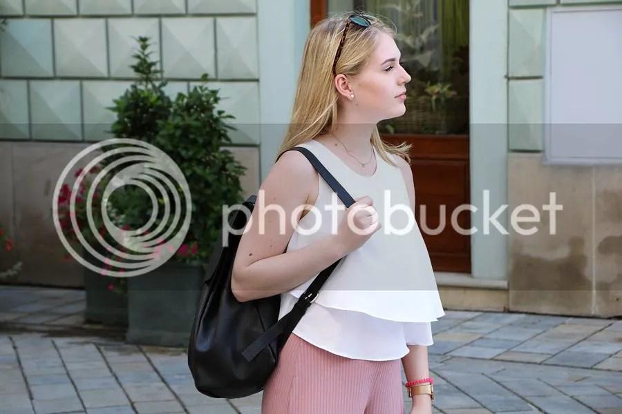 photo oliviasly_bratislava_outfit_adidas_culotte_bershka6_zpshw2nnoid.jpg