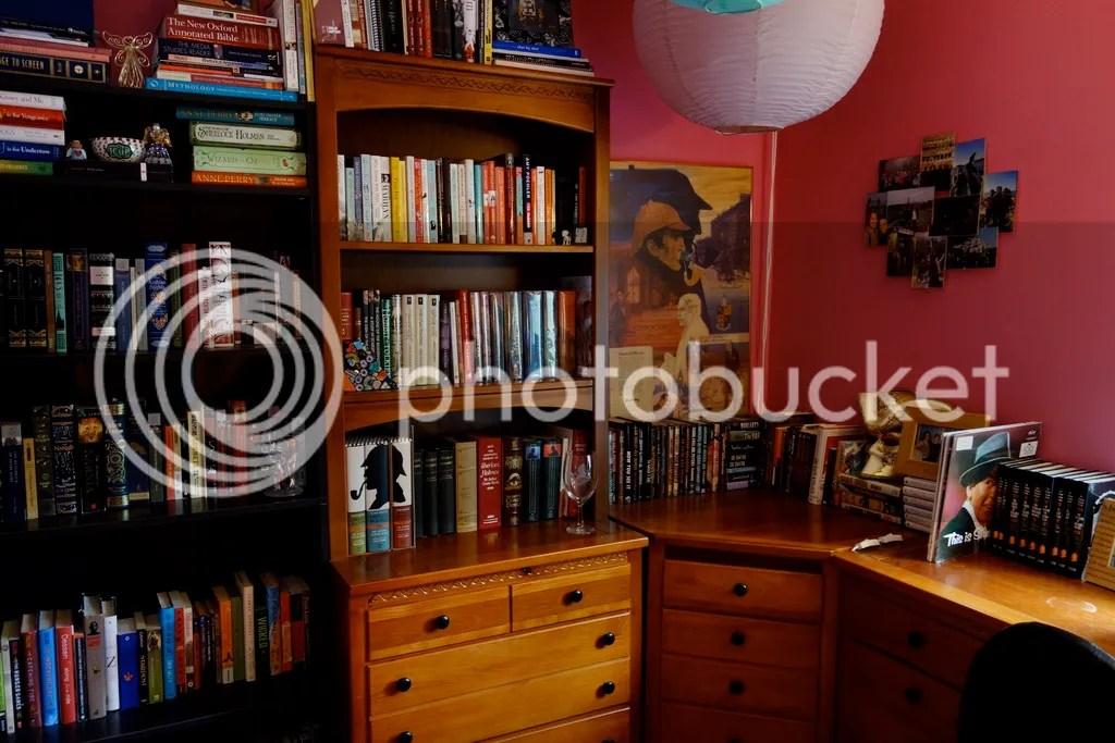photo Full Bookshelves_zpsqdj2m2ly.jpg