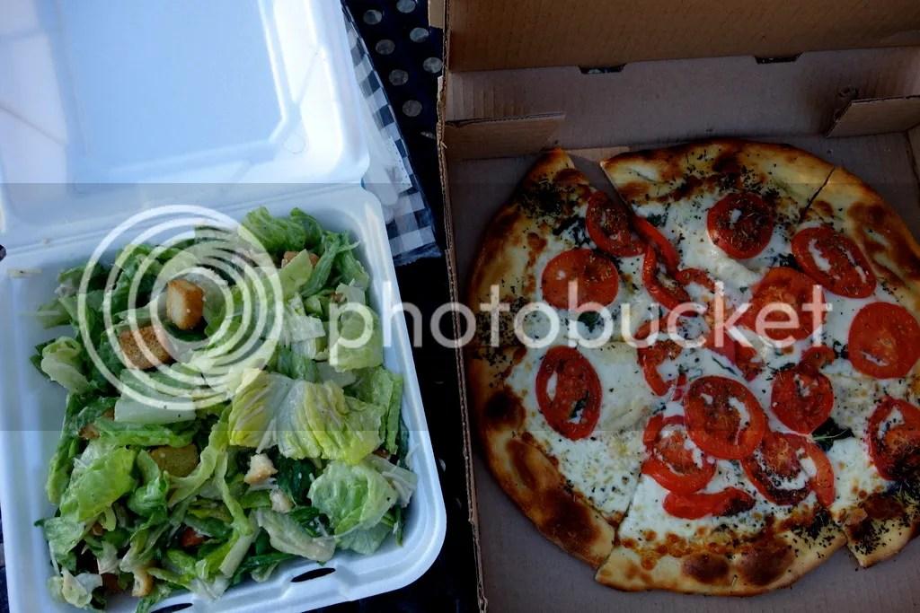 photo Nonna Lisa Woodfire Pizza_zpssctwtlmh.jpg