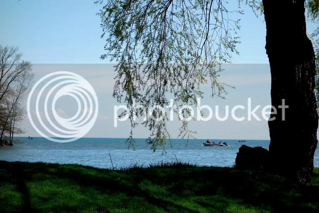 photo Lake St. Claire_zpsgtirbthu.jpg