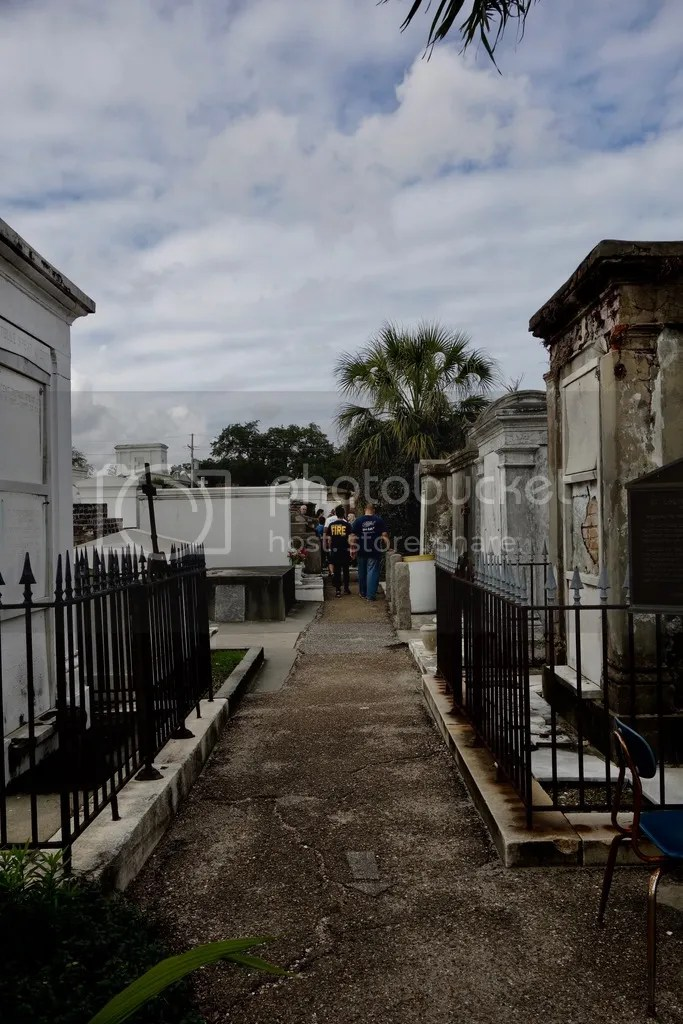 photo New Orleans Saint Louis Cemetary_zpsdr2qzzq3.jpg