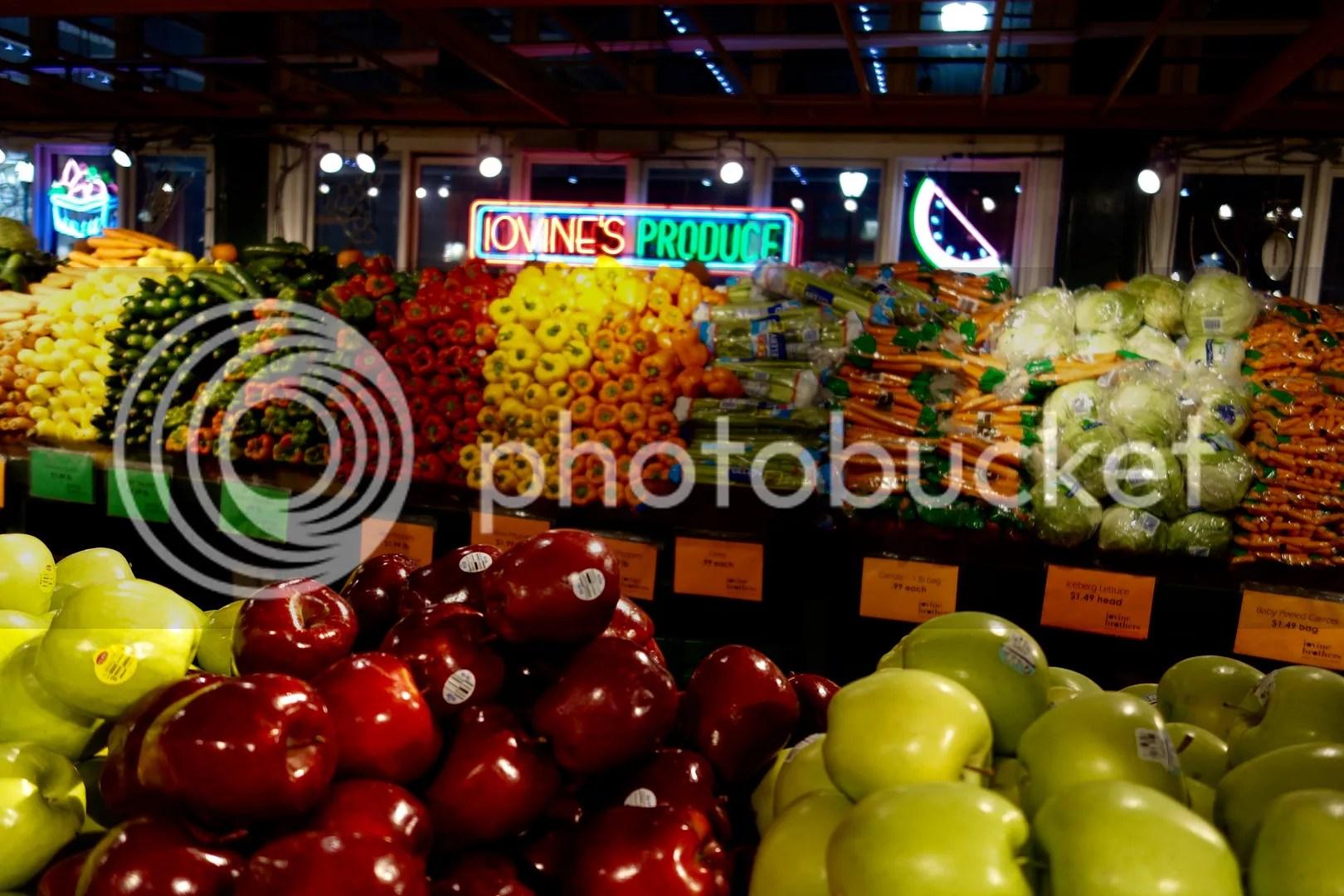 photo Reading Terminal Market Produce 2_zpscyvjhtzs.jpg