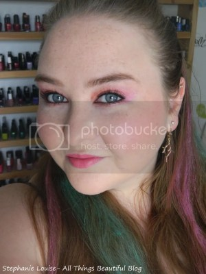 photo Scunci-Hair-Chalk-Kit-Pink-and-Green-04_zps5bd2339b.jpg